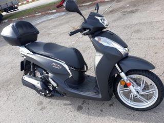 Moto Honda Scoopy 300. Modelo SH300AG 2015