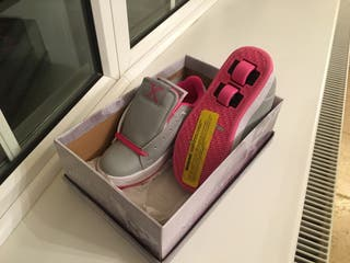 Girls Sidewalk Sports (heelys)