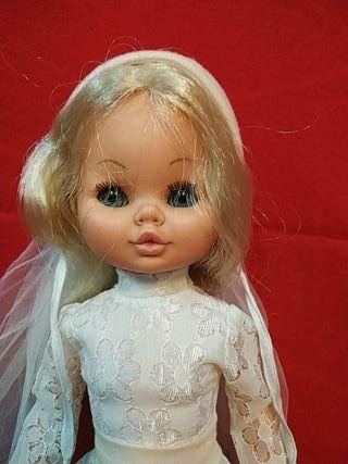muñeca Sintra de berjusa ropa original