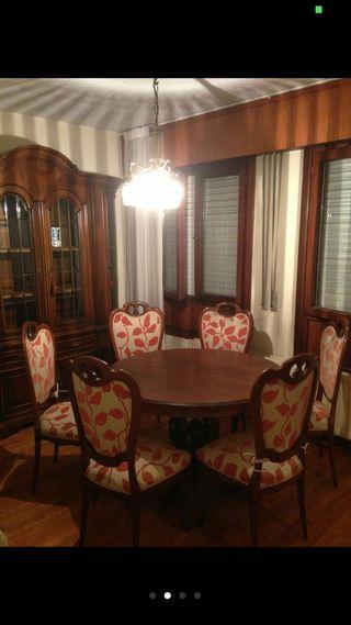 Mesa de comedor extensible y sillas madera maciza