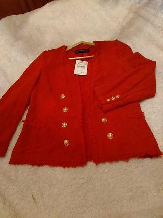 chaqueta Chanel zara roja