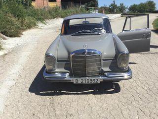 Mercedes 220s año 1960
