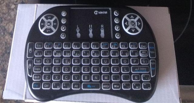 teclado mando Bluetooth luz
