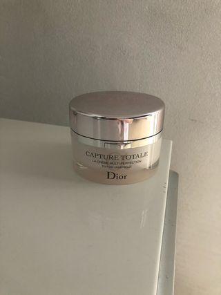 Crema dior capture total