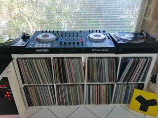 CONTROLADORA DDJ-SZ PIONEER DJ COMO NUEVA ++++++