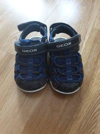 Zapatos Geox Bebé de segunda mano por 8 € en San Martin en