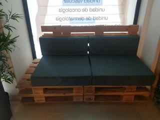 sofá hecho con palet