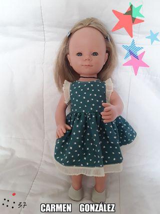 muñeca CARMEN GONZÁLEZ como nueva