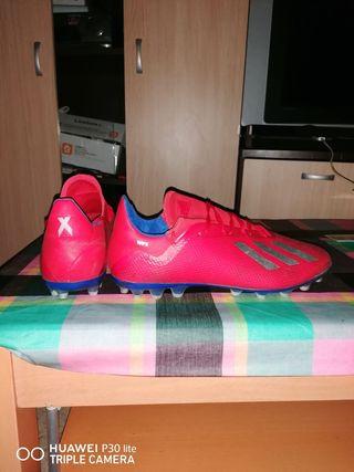Zapato de fútbol Adidas