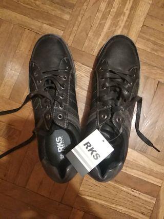 Zapatillas negras nuevas RKS