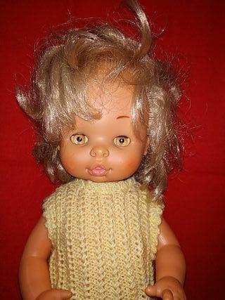 muñeca Chelito de famosa