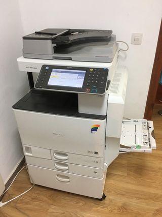 Impresora RICOH MPC3002AR