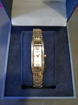 Reloj Festina Mujer Armis Chapado Oro