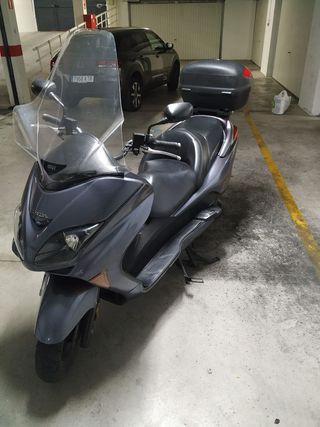 HONDA FORZA 250 EX. del 2007