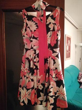 vestido de flores para evento