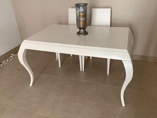 Mesa comedor blanca