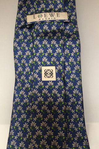 Corbata seda Loewe