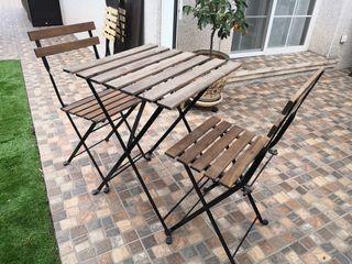 Conjunto Mesa + 2 sillas plegables jardín