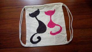 mochilas de tela decorada pintada a mano