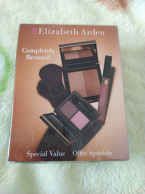 Lote de Elizabeth Arden
