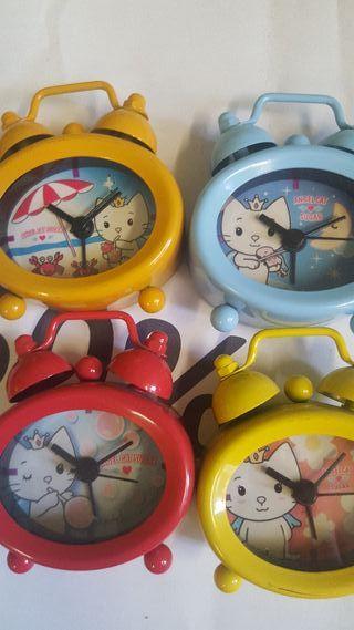Reloj despertador miniatura Hello Kitty