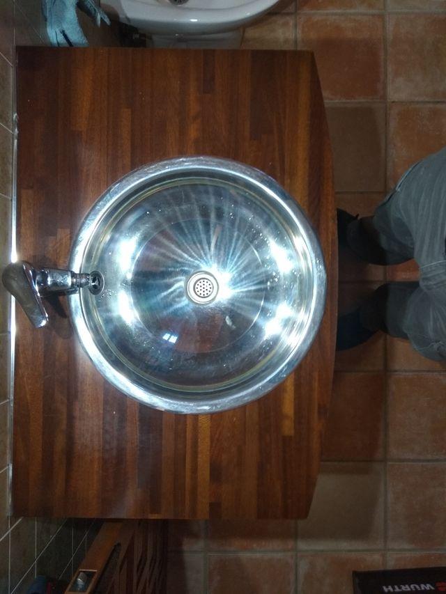 Lavabo de acero inoxidable