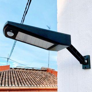 NUEVAS Farola SOLAR + sensor de movimiento pir