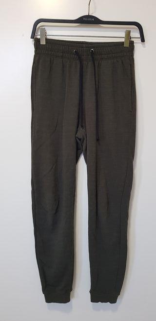 Pantalón deportivo verde militar