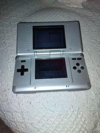 Nintendo DS sin cargador