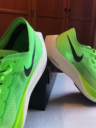 Nike Zoom X Vaporfly Next %