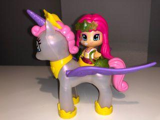 Pinypon y su unicornio volador.