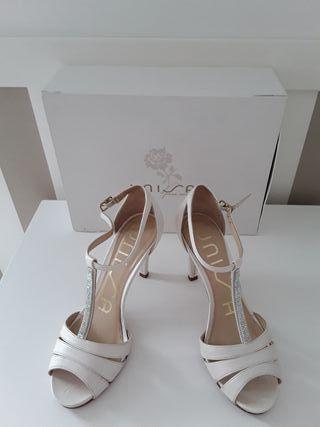 Preciosas sandalias Novia numero 38