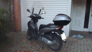 moto honda SH 150