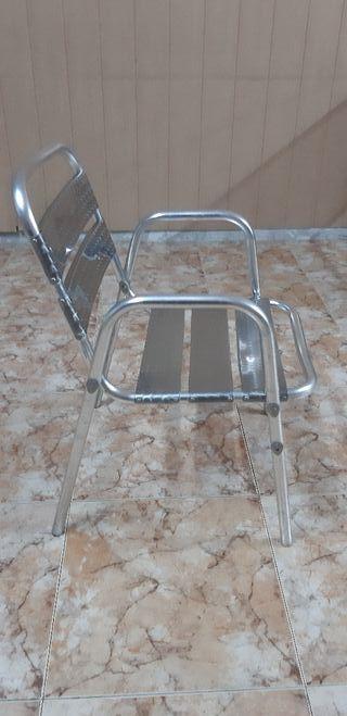 30 sillas de aluminio seminuevas