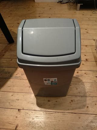 I SELL TRASH CAN