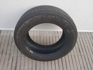 Neumáticos de nieve en buen estado.