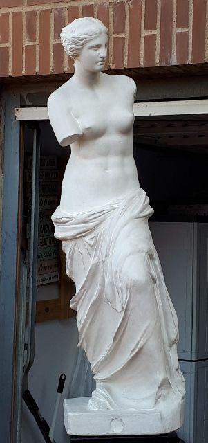 Venus de Milo, escultura centenaria