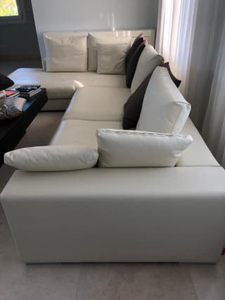 Sofa chaiselonge impecablede cuero italiano beig