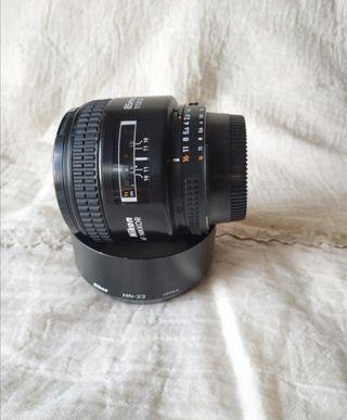 Objetivo Nikon 85mm f/1.8 AF-D
