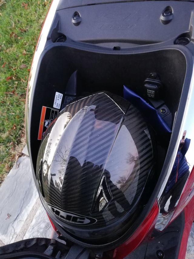 Honda Scoopy Sh 300 i ABS Top box