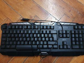 teclado trust gaming