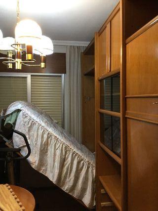 Mueble modular con 2 camas.