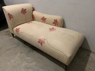 Chaise Lounge Divan antiguo