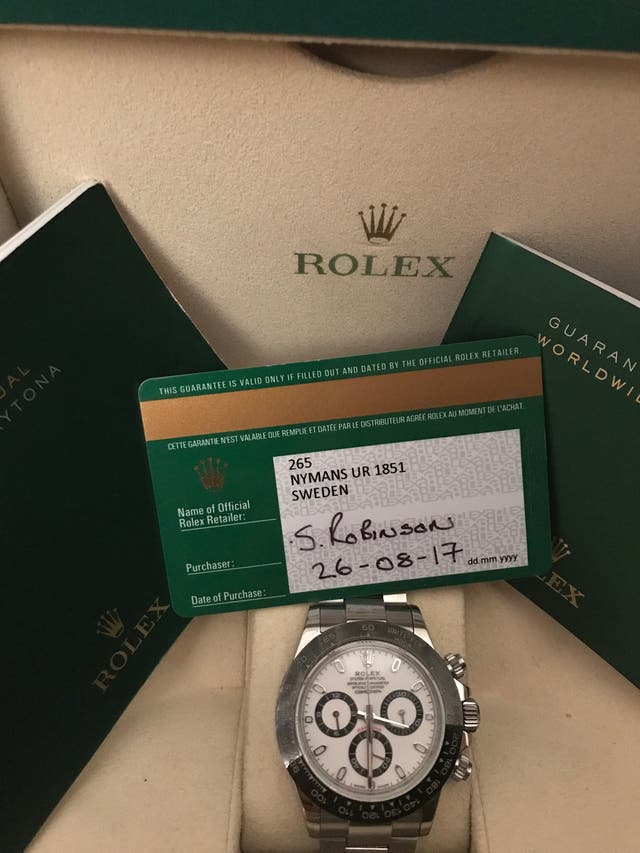 Rolex Daytona (box, papers and spare links)