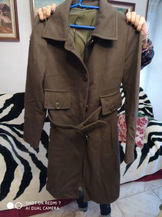abrigo verde oliva de paña