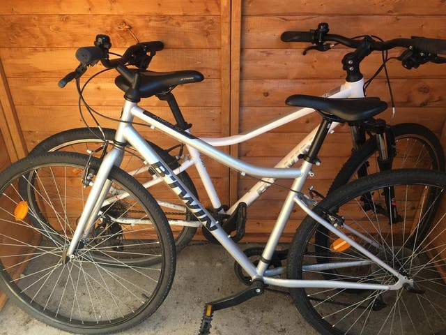 2 Bikes = £130 in Shadwell