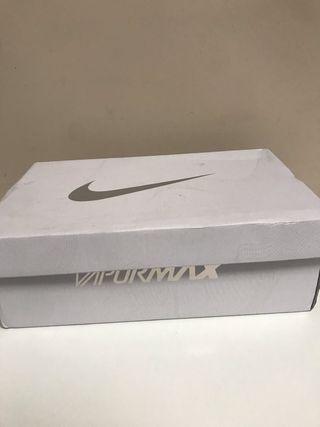 Caja de las zapatillas nike air vapormax