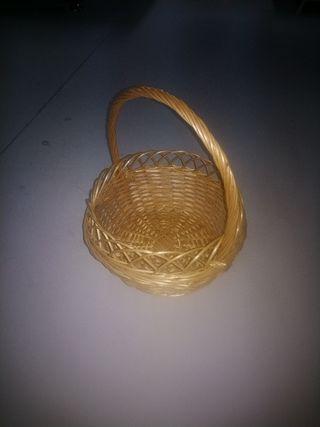 cesta mimbre