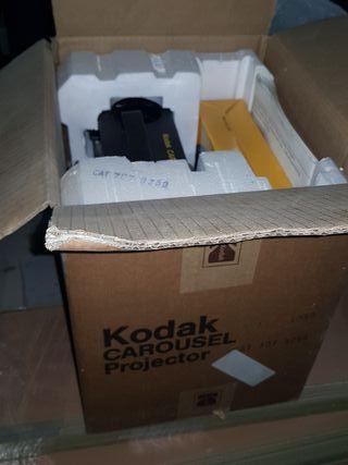 projector KODAK CAROUSEL S-AV 1050