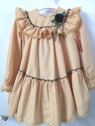 vestido con etiquetas lolittos t:5